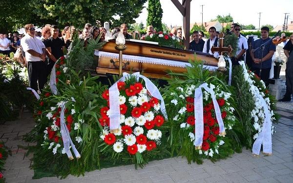 A hegedűk is siratták a híres szanyi prímást